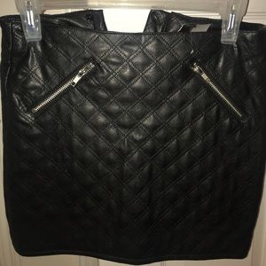 Black quilter leather skirt